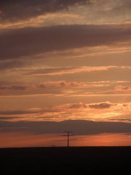 Feld, Strommasten, Wolken, Himmel, Fotografie, 2009