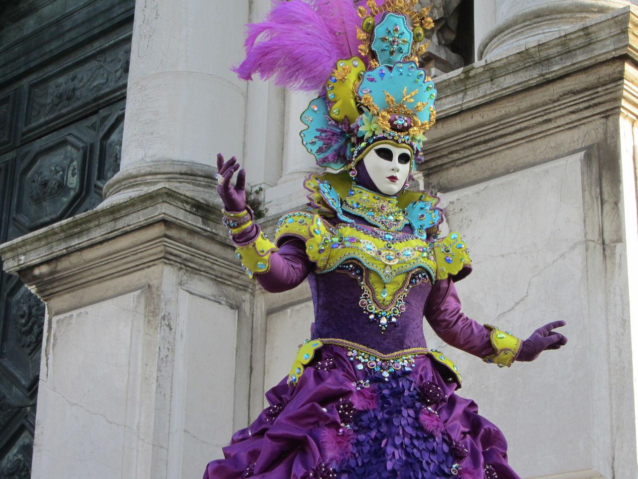 karneval in venedig karneval mystik kost m venedig von margarethe meixner bei kunstnet. Black Bedroom Furniture Sets. Home Design Ideas