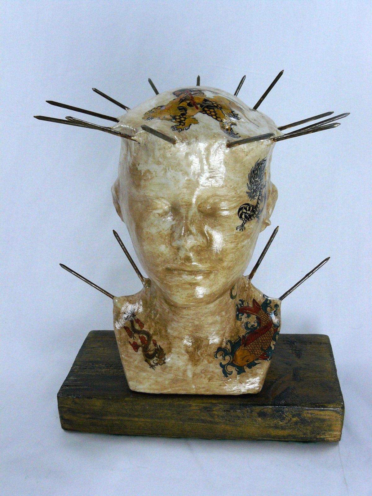 Skulptur Kopf Tattoo Asia  Bild / Kunst Von Laurentino