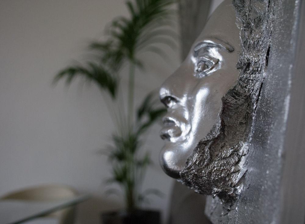 bild wandbilder silber skulptur modern von antoniya. Black Bedroom Furniture Sets. Home Design Ideas