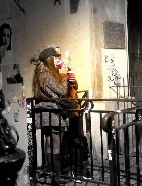 Selfie, Junger mann, Junge frau, Montmartre, Straßenszene, Fotografie