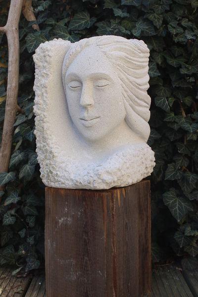 Weiblichkeit, Garten, Skulptur, Haare, Verträumt, Geschlossene augen
