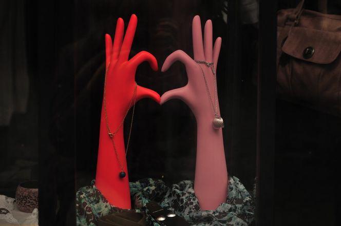Schaufenster, Rot, Hand, Hände, Finger, Rosa