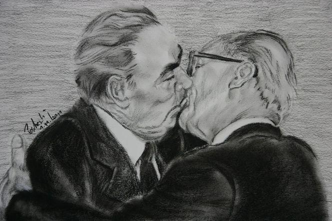 Kuss, Totengedenken, Menschen, Genosse, Kohlezeichnung, Portrait