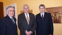 Alcalde de san isidro e antonio meier cresci, Pinnwand, Flyer und termine, Botschaft