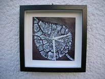 Uhr mit birkenblatt, Fotografie