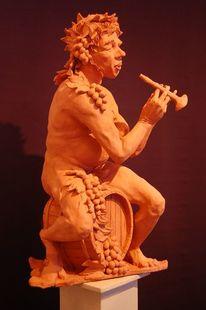 Bacchus, Flöte, Keramikfigur, Wein