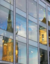 Halle, Glasfassade, Saale, Spiegelung