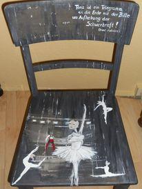 Alte möbel, Bemalte stühle, Theater, Muse