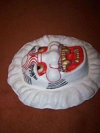 Pappmaché, Kunsthandwerk, Maske, Seitenansicht