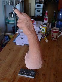 Stinkefinger, Stinkefinger skulptur, Gips ölfarbe, Malerei