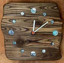 Uhr, Holz, Essigbaum, Perlmutt