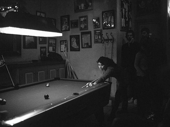 Available light, Billiard, Analoge fotografie, Bar, Cadaques10, Fotografie