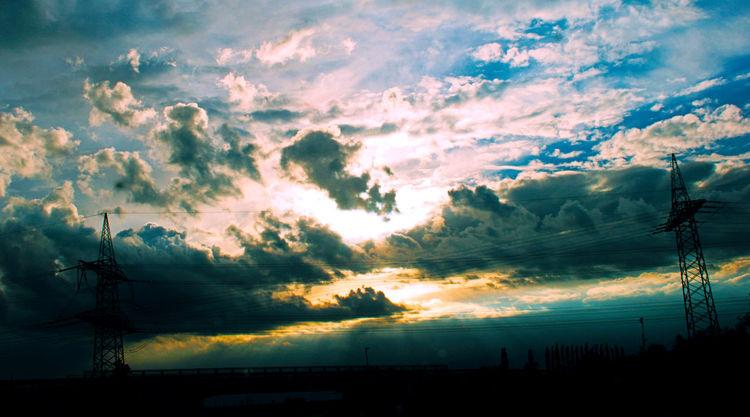 Srommasten, Wind, Himmel, Wolken, Brücke, Straße