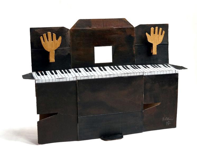 bild klavier h nde musik plastik von victor koch bei. Black Bedroom Furniture Sets. Home Design Ideas
