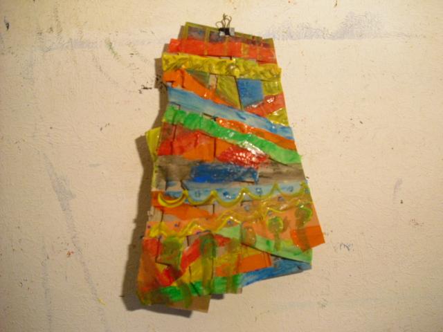 Relief, Zerschnittener pappkarton, Materialarbeit, Experimentelle plastik, Plastik