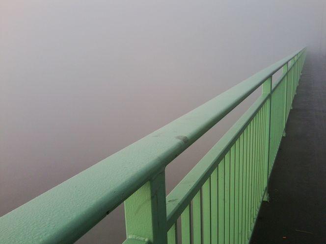 Brücke nebel brückengeländer, Fotografie, Architektur