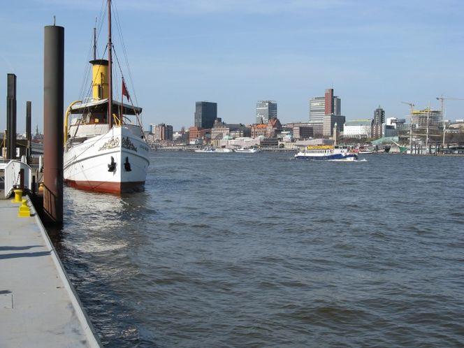 Hamburg, Fotografie, Dampfschiff, Hafenkrone, Scharhörn, Altona