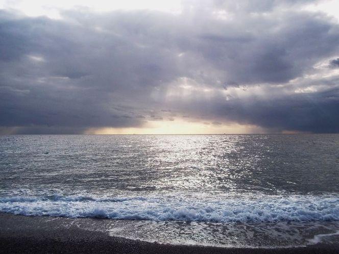 Sturm, Gischt, Sonnenfenster, Welle, Bewölkt, Grau