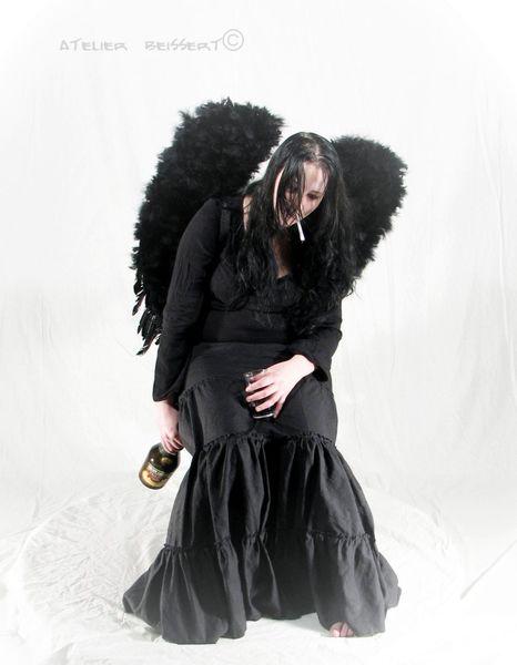 Rauchen, Modelpose, Gothik, Trinken, Frauenmodel, Schwarz
