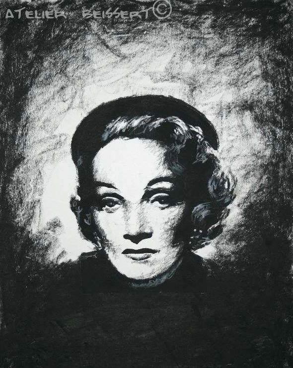Marlene Dietrich - Wallpaper Actress