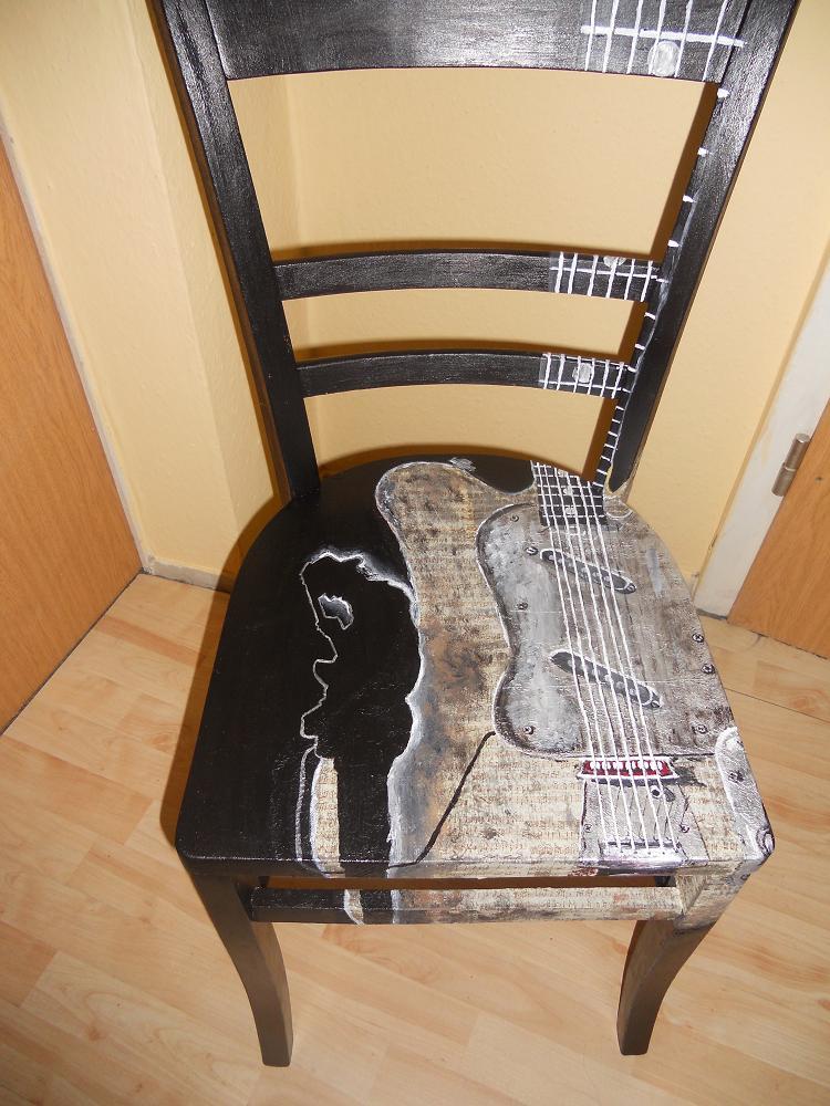 Stühle Bemalen bild acrylmalerei tss bemalte stühle möbelmalerei stuhmalerei
