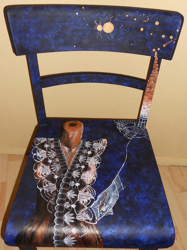 Bemalte Stühle bild mitternachtsspitze dekoration stuhlmalerei bemalte stühle