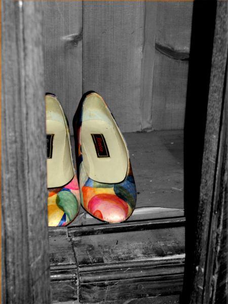 Schwarz weiß, Schuhe, Bunt, Fotografie, Erinnerung,