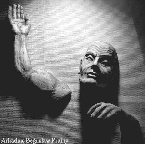 Bild wandskulptur skulptur steinskulptur - Durch die wand horen ...