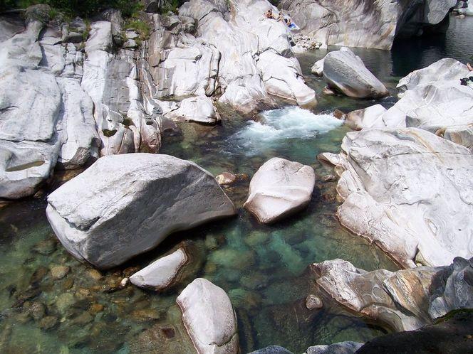 Bach, Wasser, Gewässer, Stein, Fotografie, Reiseimpressionen