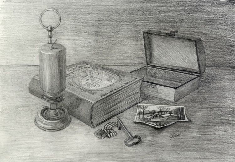 Kerzen, Schatulle, Schlüssel, Alte fotos, Orden, Antik