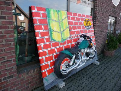 Harley davidson, Deutsche erstaufführung, Bts, Öl auf leinen, Malerei,