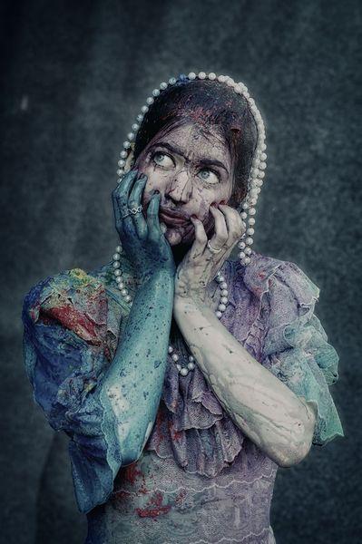 Frau farbe perlen, Fotografie, Warchild